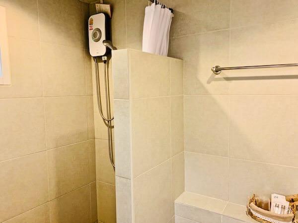 ザ プリマ レジデンス(The Prima Residence)のシャワールーム2
