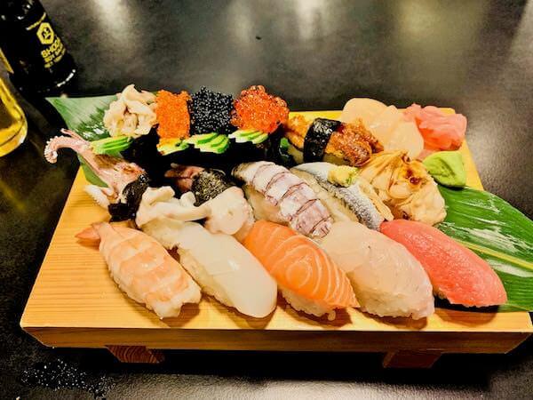 ザ・スシバー(The Sushi Bar)の寿司盛り合わせ
