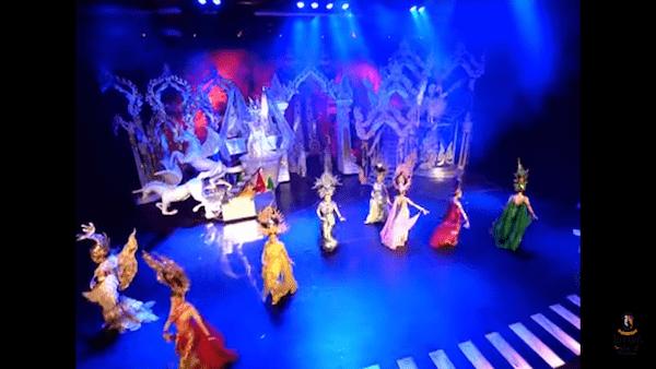 ティファニーズショーの舞台2
