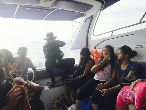 ラン島行きのスピードボート1