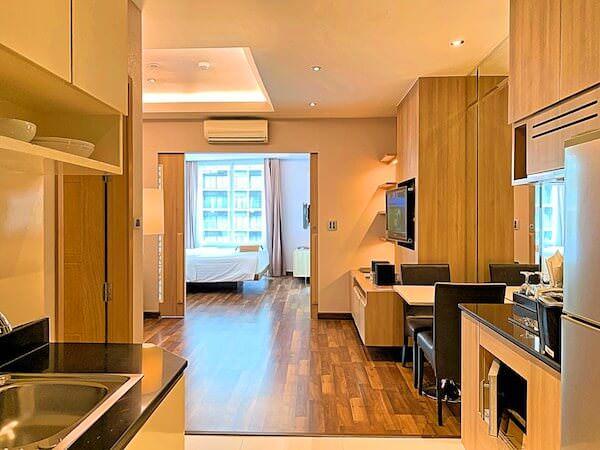 V レジデンス ホテル アンド サービスド アパートメント(V Residence Hotel and Serviced Apartment)の客室1