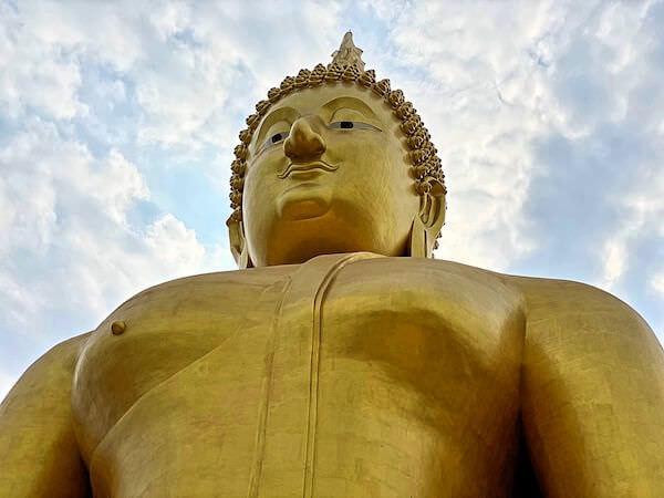ワットムアンにあるタイ最大級の仏像3