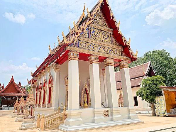 ドラえもん寺の仏堂