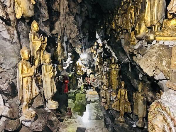 Wat Simalaisongthamの洞窟2