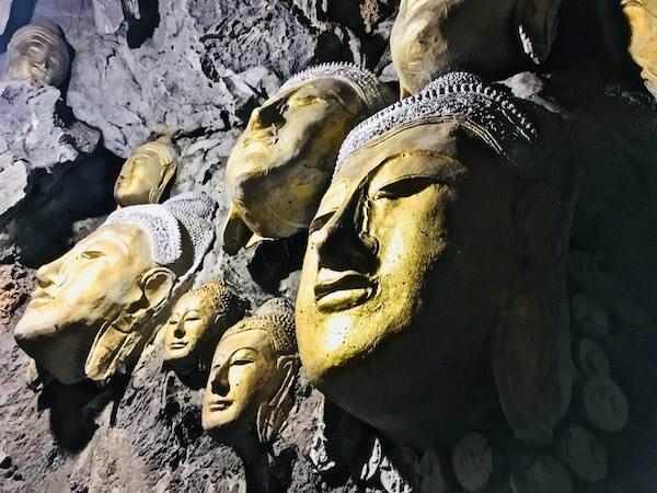 Wat Simalaisongthamの洞窟3