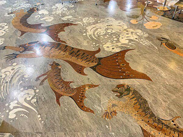 ワット ソートーン ウォラウィハーン(Wat Sothon Wararam Worawihan)の本堂床