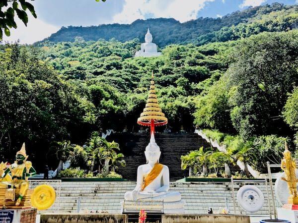 ワット テープ ピタック プンナーラーム(Wat Thep Phithak Punnaram)1